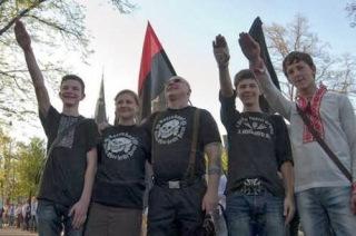 f03f8-neonazis-copy