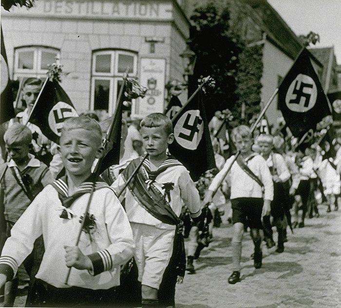 Anatomie des Faschismus   Sascha\'s Welt