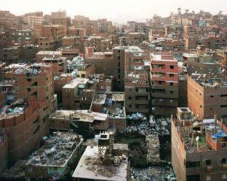 ...das sind die Ruinen kapitalistischer Mißwirtschaft.