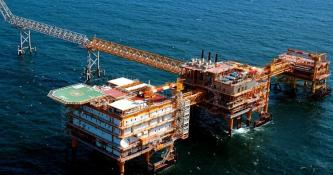 POGC-Installs-Deck-for-South-Pars-Gas-Field-Phases-17-and-18-Iran