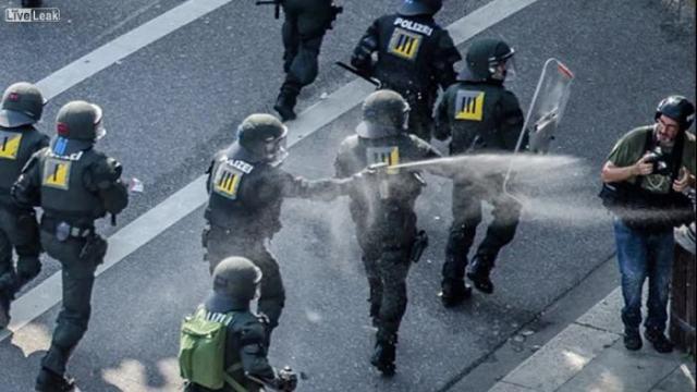 journalistwirdvonderpolizeichemischmisshandelt
