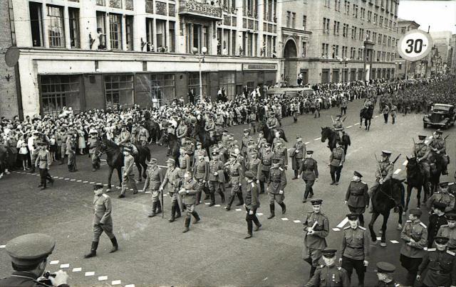 Moskau1944_05