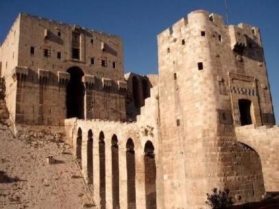 3373304-The_Monumental_Gateway_Aleppo