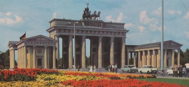 Berlin - Brandenburg Tor_2.jpg